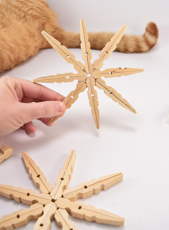 61-Cool-DIY-Clothespin-Crafts-Ideas-To-Put-Into-Practice-Usefull-Information